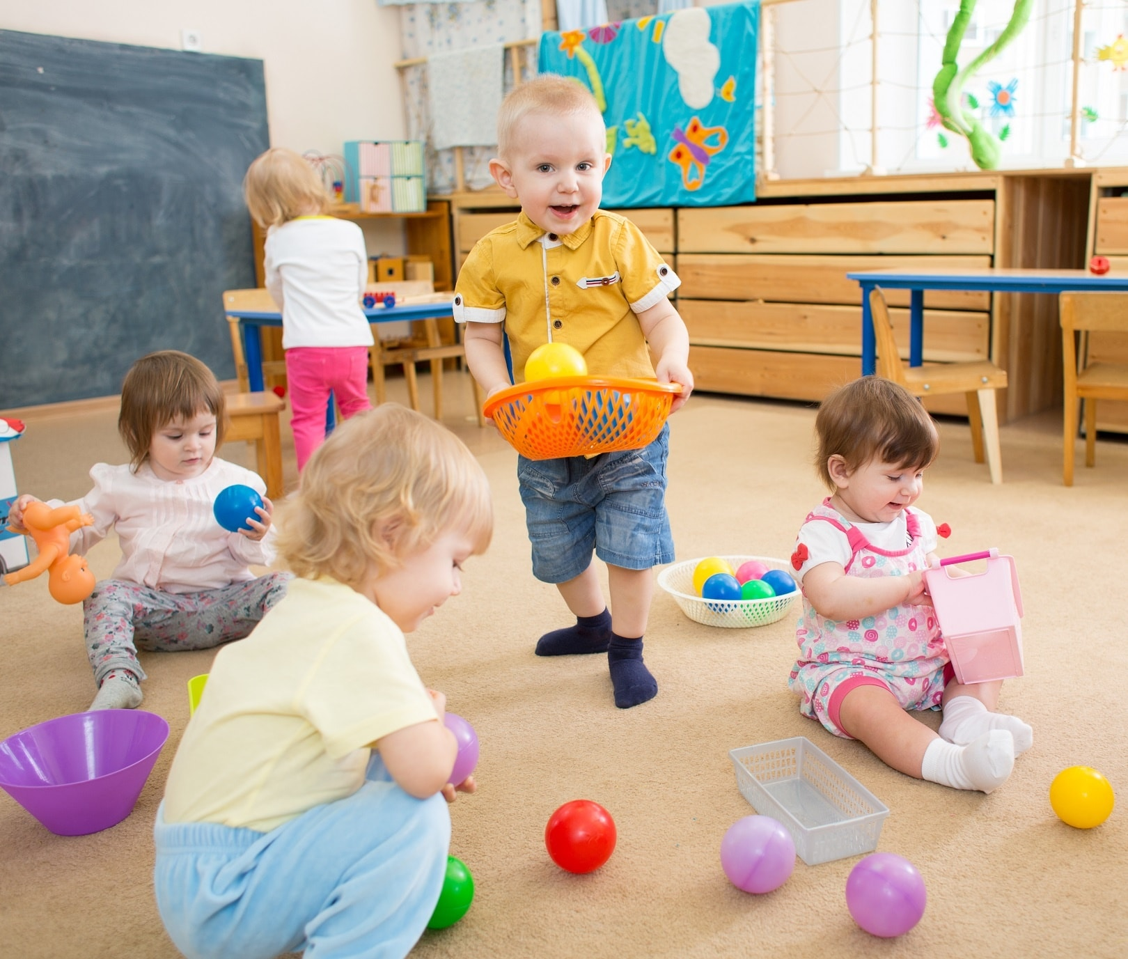 Factors need to consider while choosing a Day Care Center - Motivational and Inspirational Quotes for Your Kids