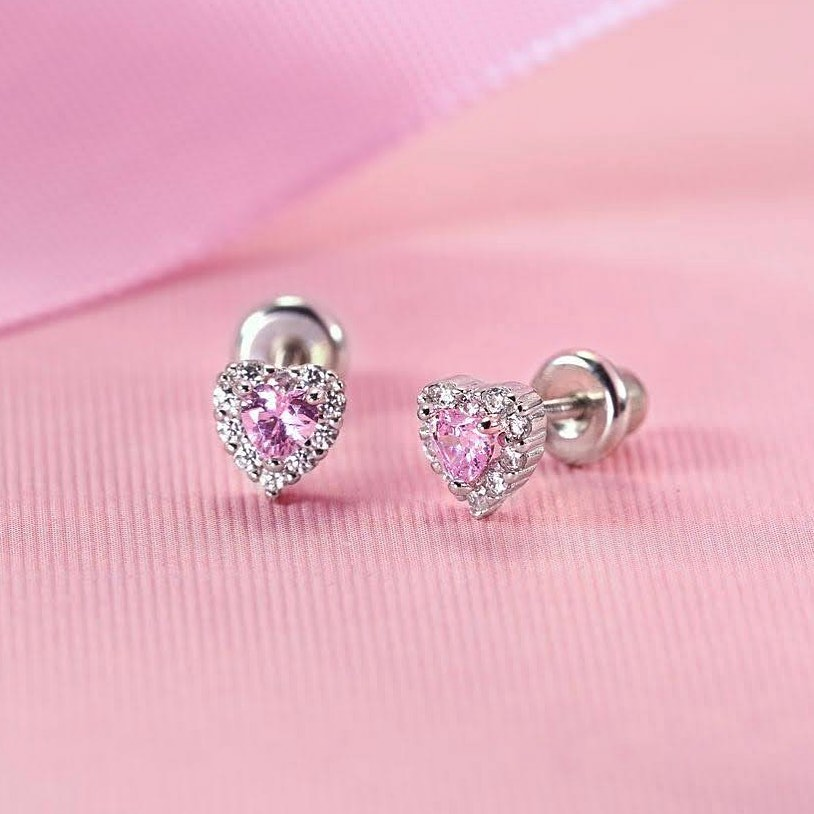 156755635 272374437603456 1026244820028328798 n - 7 Common Misconceptions About Baby Girls' Earrings