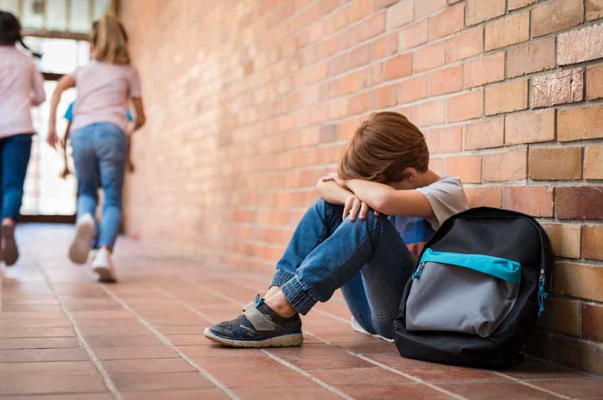 4 Signs - 4 Signs That Your Child May Have A Mental Health Disorder