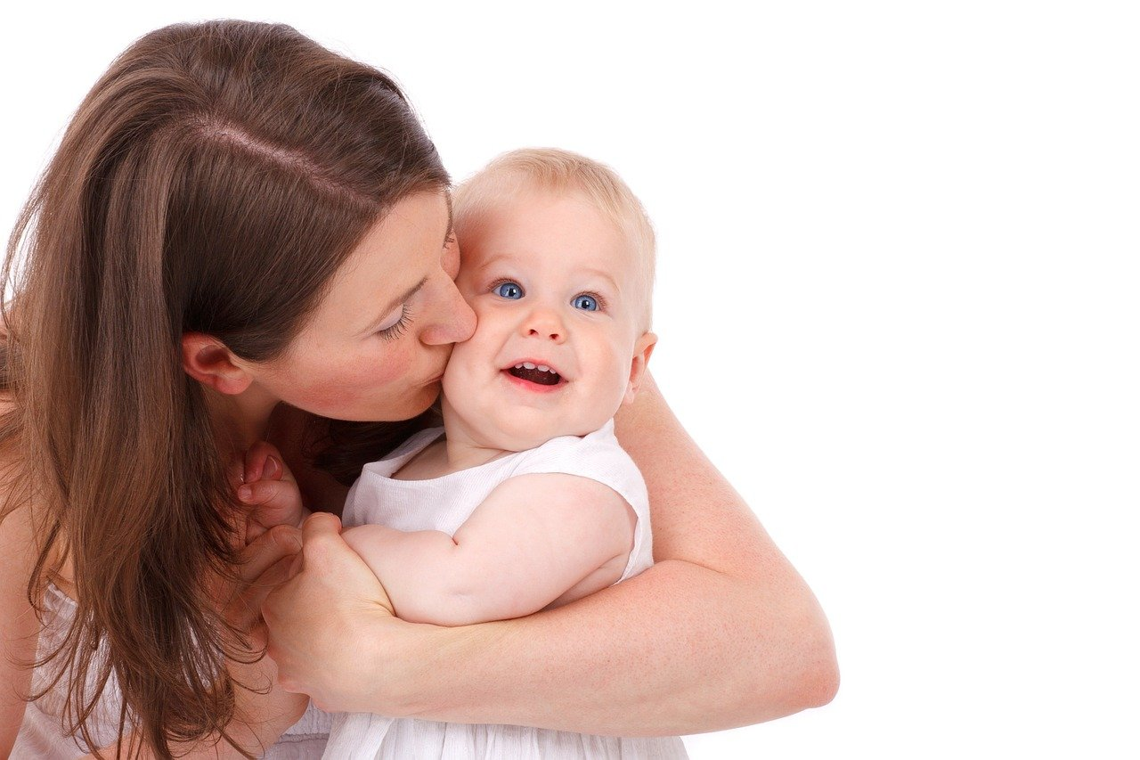 baby 17327 1280 - 4 Tips for Bonding with Your New Baby