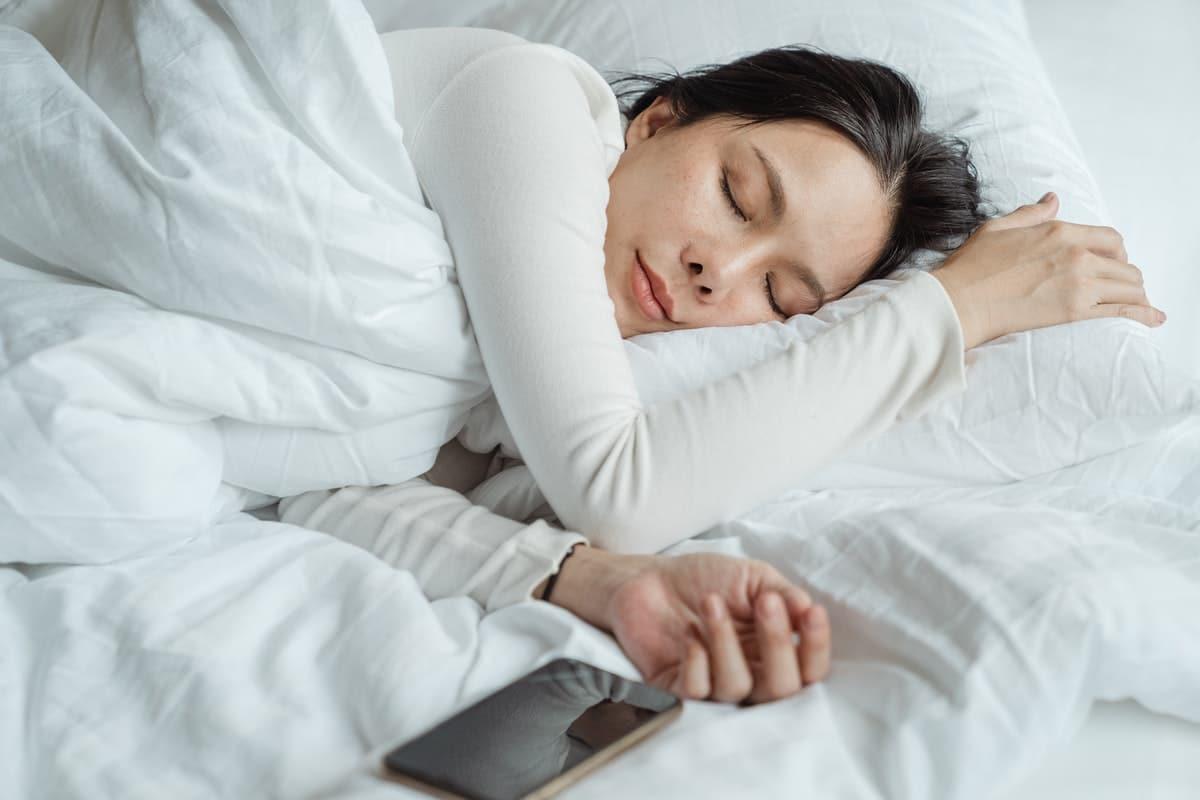 pexels ketut subiyanto 44738641 - How Can Technology Help Mom's Sleep?
