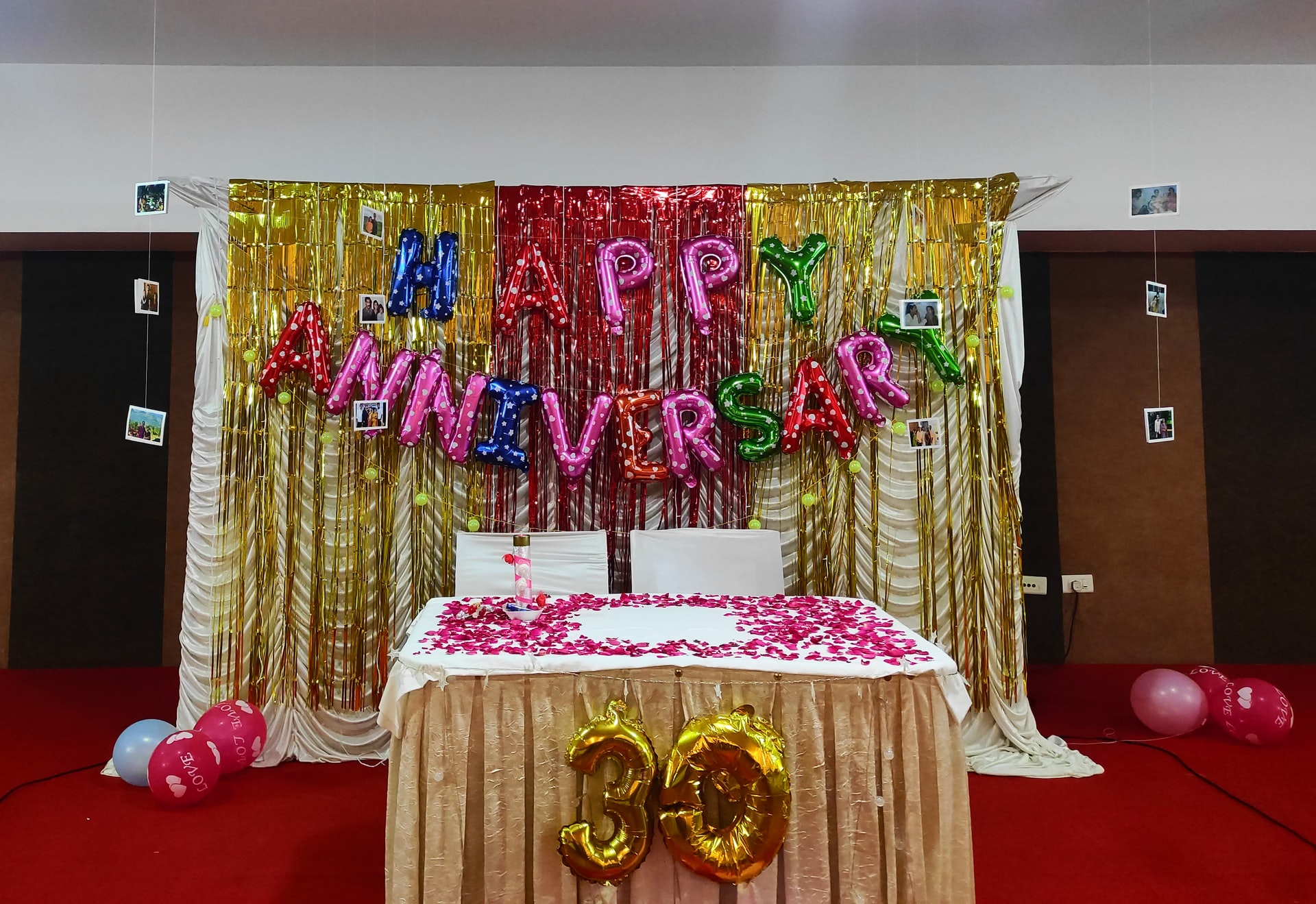 jacob antony Ns mp1MTsI8 unsplash - 31 Best Happy Anniversary Wishes for Mom from Daughter